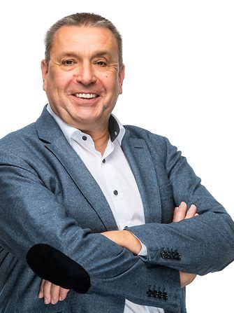 Geert Luyckx   Voorzitter van de Adhesive Technologies divisie en verkoopdirecteur Adhesive Technologies Electronics (AE) Europa, India, Midden-Oosten en Afrika (EIMEA)